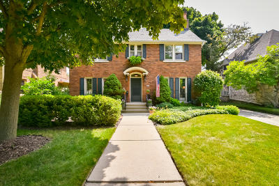 Shorewood Single Family Home Active Contingent With Offer: 4454 N Maryland Ave