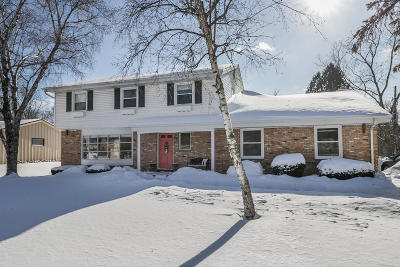 Glendale Single Family Home For Sale: 615 W Fairfield Ct