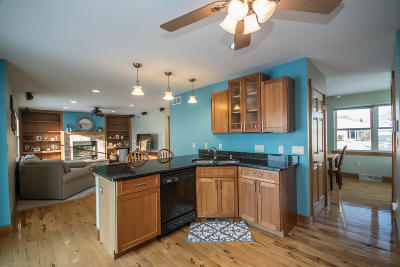 Milwaukee Single Family Home Active Contingent With Offer: 3353 S 78th St