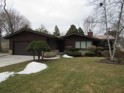 Milwaukee County Single Family Home For Sale: 7445 N Navajo Rd