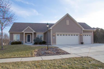 Jackson WI Single Family Home Active Contingent With Offer: $352,500