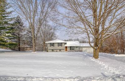 Oconomowoc Single Family Home Active Contingent With Offer: N74w36788 Lakeside Heights Dr
