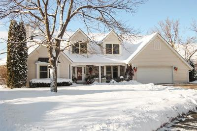 Cedarburg Single Family Home For Sale: N36w7064 Greenway Ter