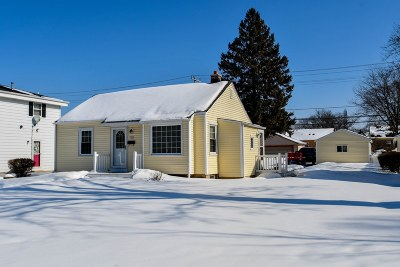 West Allis Single Family Home For Sale: 1212 S 116th St