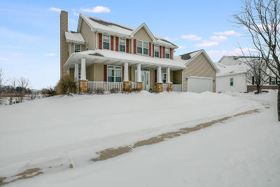 Kenosha County Single Family Home Active Contingent With Offer: 6913 152nd Ave