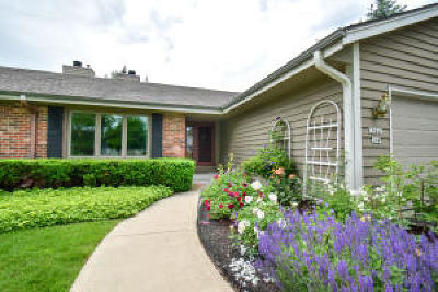 Mequon Condo/Townhouse Active Contingent With Offer: 10641 N Magnolia Dr