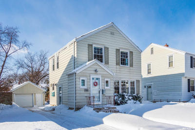 Milwaukee County Single Family Home Active Contingent With Offer: 4773 N Diversey Blvd