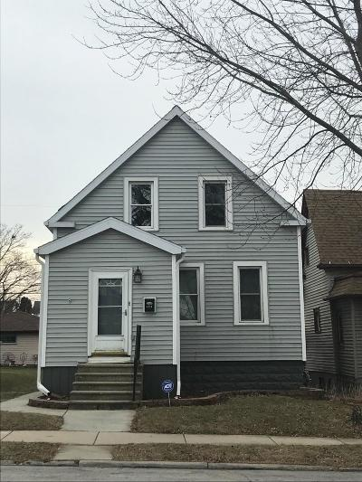 South Milwaukee Single Family Home Active Contingent With Offer: 1313 Madison Ave