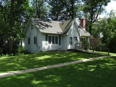 Fontana Single Family Home For Sale: 839 Sauganash Dr