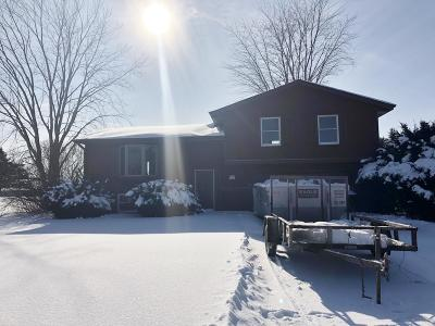 Mukwonago Single Family Home Active Contingent With Offer: W333s8035 James Dr