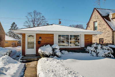 Wauwatosa WI Single Family Home For Sale: $199,900