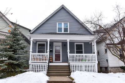 Milwaukee Single Family Home Active Contingent With Offer: 3125 S Adams Ave