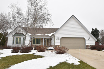 Germantown Single Family Home Active Contingent With Offer: W160n10488 Brook Hollow Dr