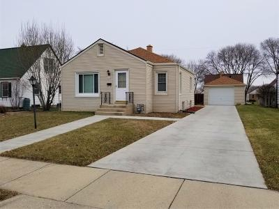 West Allis Single Family Home Active Contingent With Offer: 2334 S 65th St