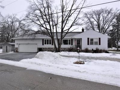 Racine County Single Family Home For Sale: 30810 Weiler Rd