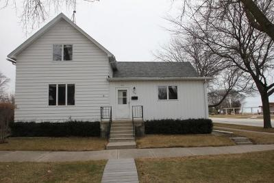 Sheboygan Single Family Home For Sale: 704 Broadway Ave