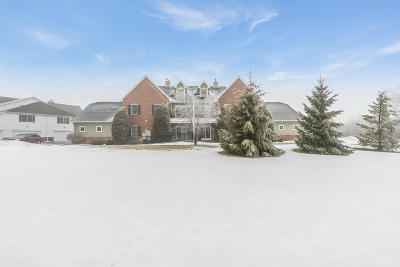 Bristol Condo/Townhouse Active Contingent With Offer: 19533 Jamestown Pl #202