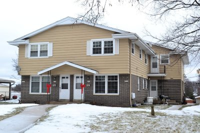 Milwaukee Multi Family Home Active Contingent With Offer: 2828 S 61st St #2828A283