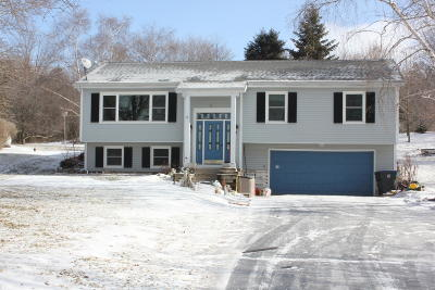 Plymouth Single Family Home Active Contingent With Offer: N4905 Hillwind Rd