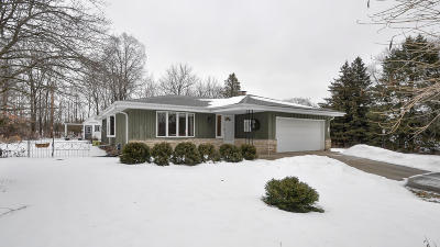 Kenosha Single Family Home For Sale: 315 56th Ave