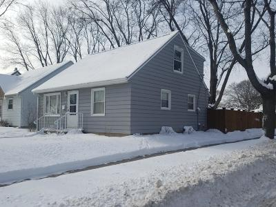 Milwaukee Single Family Home For Sale: 4079 N 86th St