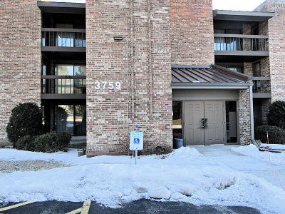 Milwaukee Condo/Townhouse For Sale: 3759 N 88th St #101