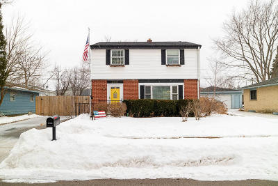 Racine County Single Family Home For Sale: 3400 S Kennedy Dr