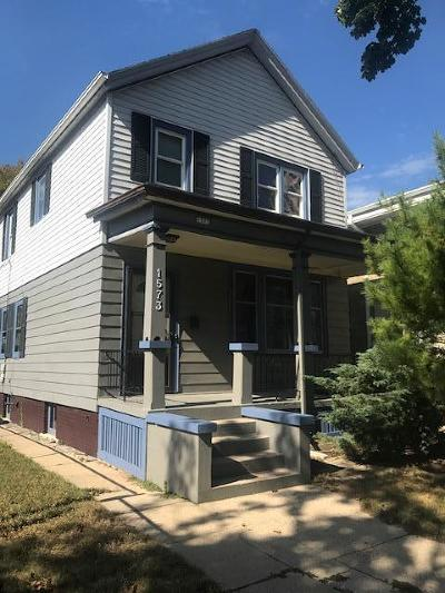 Milwaukee WI Two Family Home For Sale: $199,995