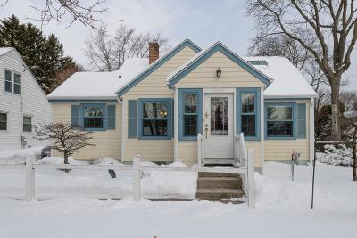 Cedarburg Single Family Home Active Contingent With Offer: N70w6946 Bridge Rd