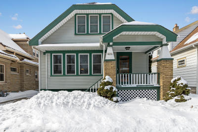 Milwaukee Single Family Home Active Contingent With Offer: 2773 S Humboldt Park Ct