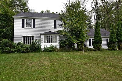 Ozaukee County Single Family Home For Sale: 13418 N Lakewood Dr