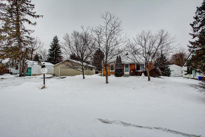 Waukesha County Single Family Home Active Contingent With Offer: 1120 Georges Ave