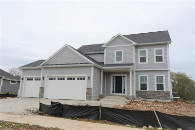Waukesha County Single Family Home For Sale: Lot 22 Fieldstone Pass