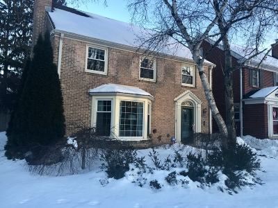 Milwaukee County Single Family Home For Sale: 5826 N Kent Ave