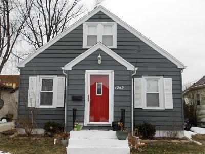 Kenosha Single Family Home For Sale: 4202 18th Ave