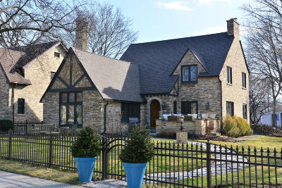 Whitefish Bay Single Family Home For Sale: 4723 N Cumberland Blvd