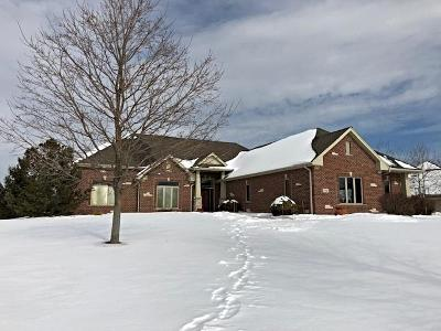 Milwaukee County Single Family Home Active Contingent With Offer: 7588 S Joshua Ct