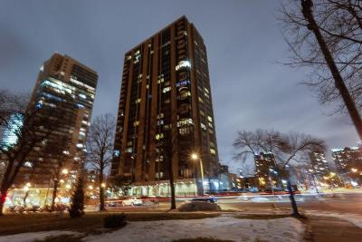 Milwaukee County Condo/Townhouse For Sale: 929 N Astor St #707
