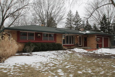 Waukesha County Single Family Home For Sale: W181n5833 Jackson Dr