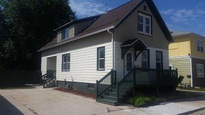 Sheboygan Single Family Home Active Contingent With Offer: 1621 Martin Ave