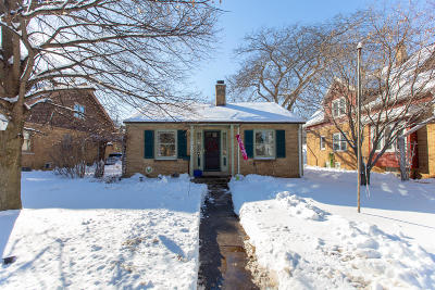 South Milwaukee Single Family Home Active Contingent With Offer: 910 N Chicago Ave