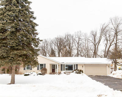Menomonee Falls Single Family Home Active Contingent With Offer: N86w15876 Riverside Bluff Rd