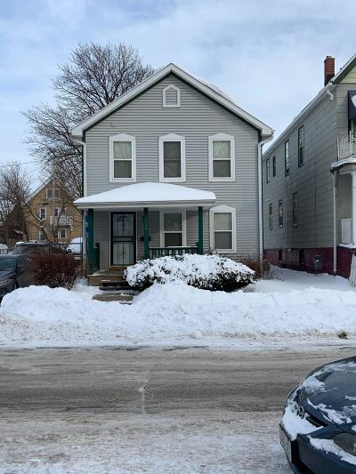 Milwaukee WI Single Family Home For Sale: $74,500