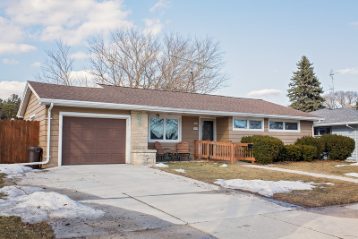 Sheboygan Single Family Home For Sale: 2724 North Ave
