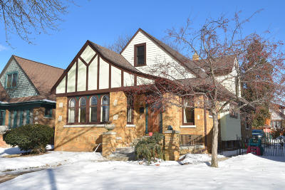 Wauwatosa WI Single Family Home For Sale: $239,000