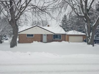 Town Richfield, Village Richfield, Hubertus, Colgate Single Family Home For Sale: 3080 Hubertus Rd