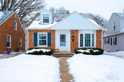 Whitefish Bay Single Family Home Active Contingent With Offer: 4930 N Berkeley Blvd