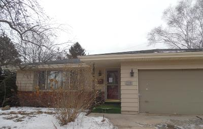 Sheboygan Single Family Home For Sale: 3441 S 12 Place