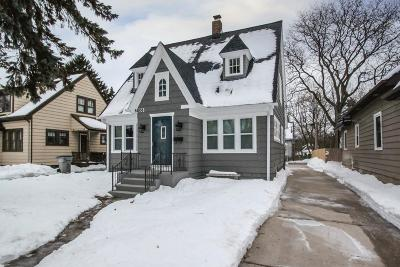 Milwaukee WI Single Family Home For Sale: $117,500