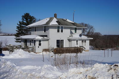 Vernon County Single Family Home Active Contingent With Offer: E8860 E Ridge Rd